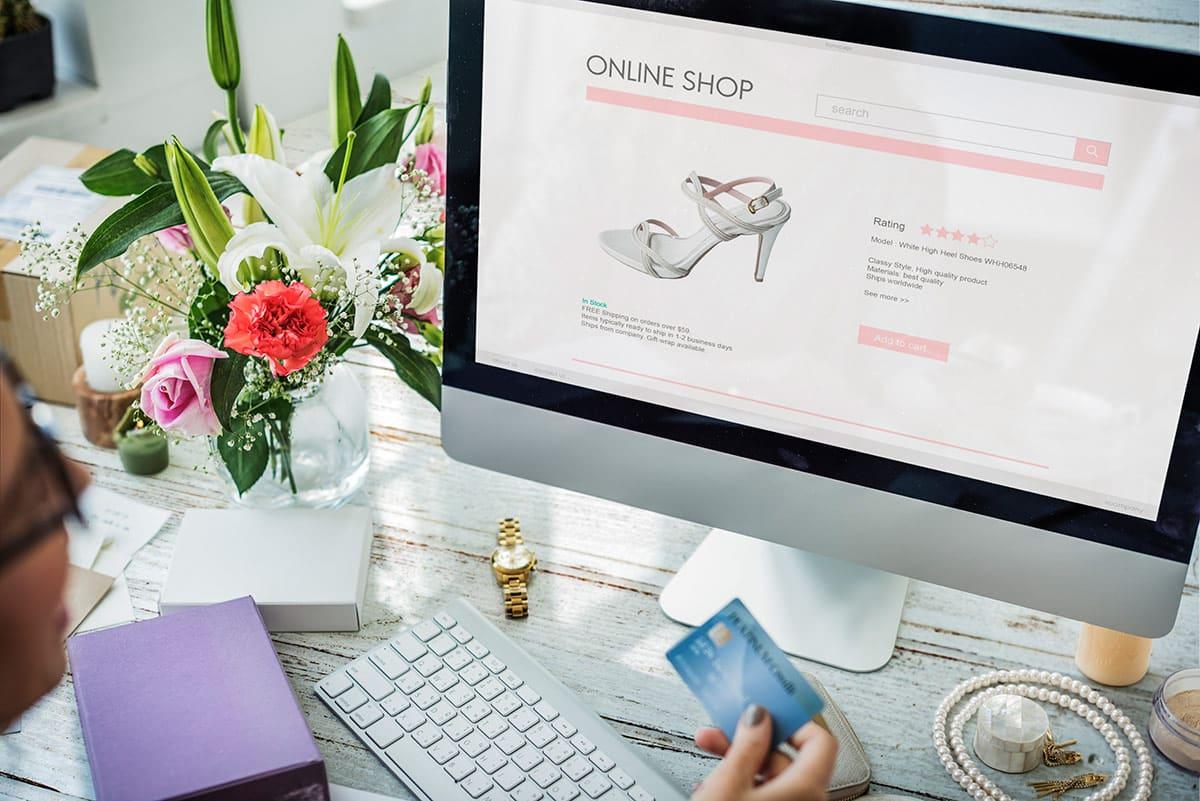 Estratégias de saldos para as vendas online